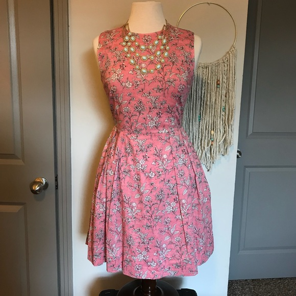 0a650a4212f GAP Dresses   Skirts - Gap Pink Floral Dress